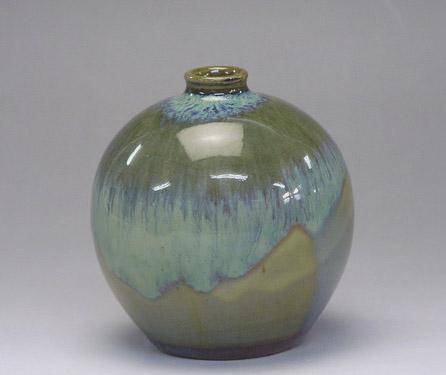 Green Mitsunari Saki bottle by Samsung Miyagi