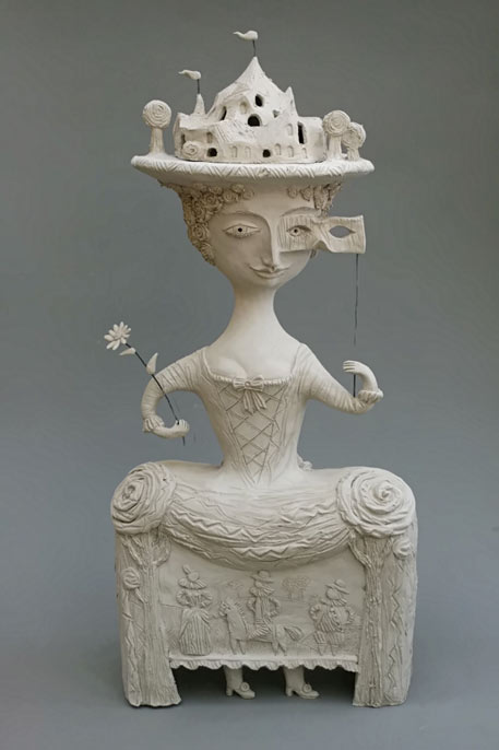 Elya Yalonetskaya white ceramic sculpture of a woman