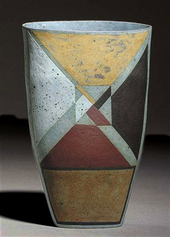 Elizabeth Fritsch vase with geometrical motif