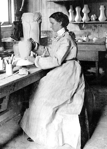 mary-stratton in her studio