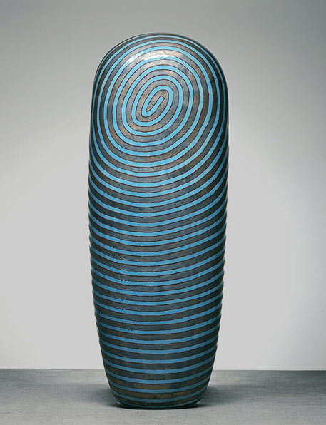 Dango with a spiral swirl motif - Jun kaneko