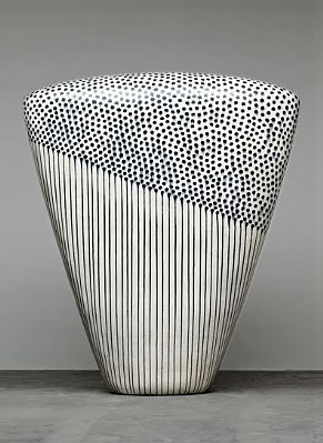 Dango sculpture with stripes and dots - Jun Kaneko