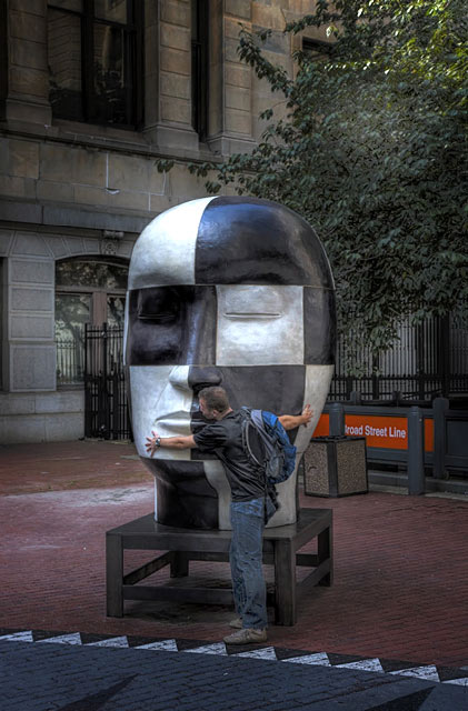 Monumental head sculpture in black and white by Jun Kaneko
