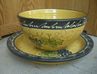 French-pottery bowl by Pastis-&-Co