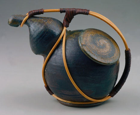 Richard Bresnahan gourd tea vessel