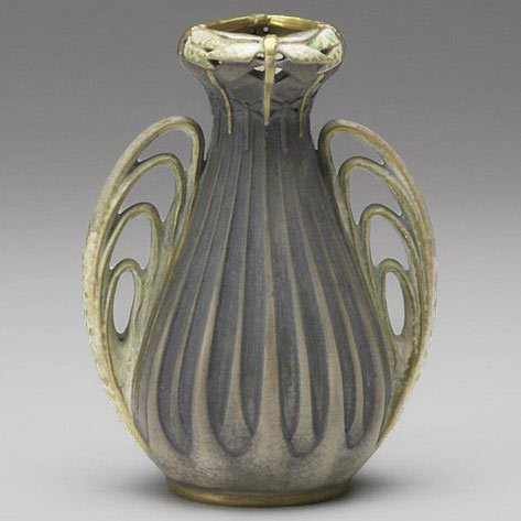 Curvy Paul Dachsel vase in Art Nouveau