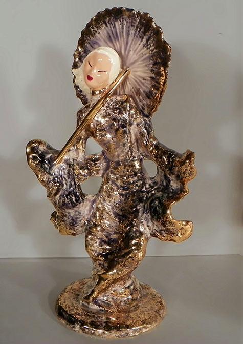Oriental Woman figurine-Iridescant glaze by Hedi Schoop