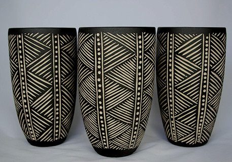 Sgraf-trio tumblers - geometric patterned surface decoration