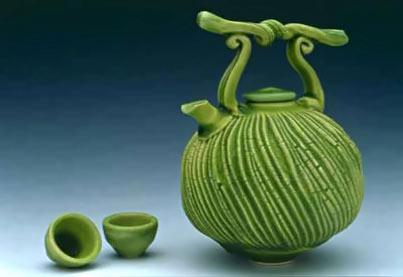 fong-choo ceramic teapot