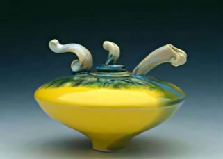 Fong-Choo-lemon yellow teapot