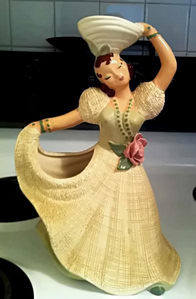 Hedi Schoop ceramic dancing figurine