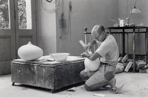 Isamu Noguchi Ceramics 475px-310px-Isamu-Noguchi