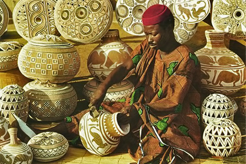 Nigerian-Calabash-carving-photo by John Hinde