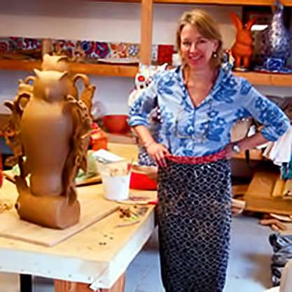 liz-quackenbush-in her pottery studio