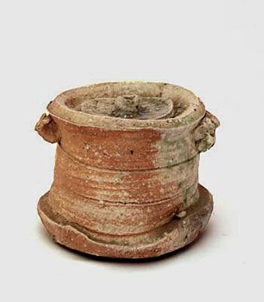 Iga-Water-Jar