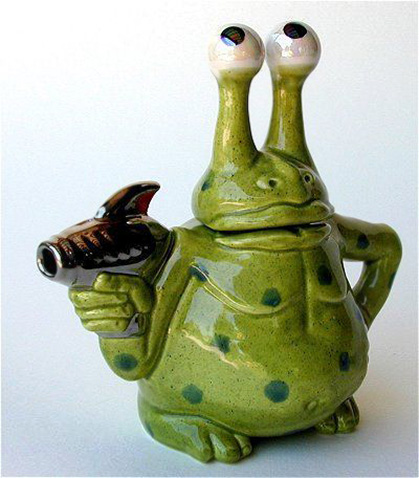 Green Alien with ray gun Andy Titcomb Take Me To Your Leader Teapot - green alien with a raygun
