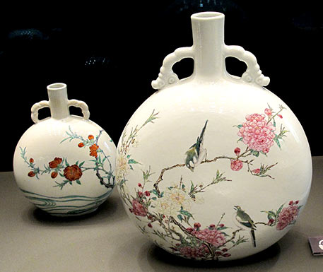 Chinese-Porcelain Moon_flasks-Qing-Dynasty