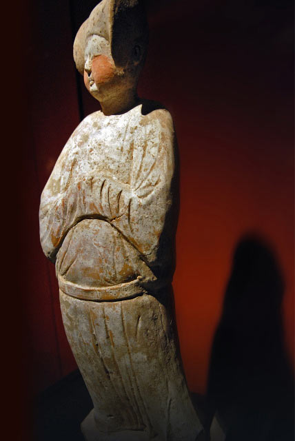 Ancient Chinese sculpture-Haibo at Shanhai Museum photo Yang Fuhua