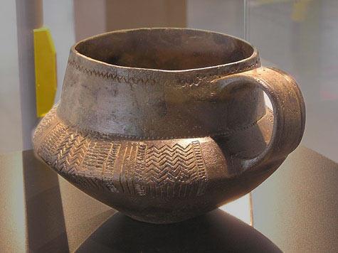 Early Neolithic mug