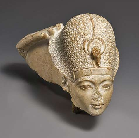 Head-of-Tutankhamun,-New-Kingdom,-Dynasty