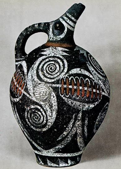 Kamares-jug Minoan hand painted white and brown on black