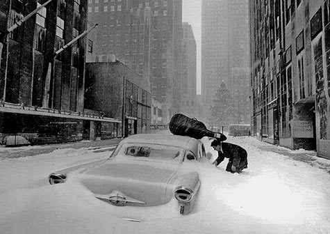 Robert-Doisneau- Snow in New York