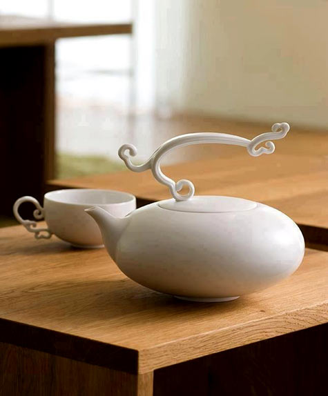 White porcelain Tea set by Hernich Wang