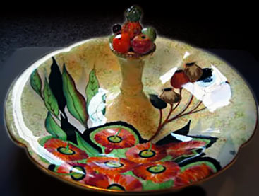 MERIDIAN Fruit dish with gumtree flowers