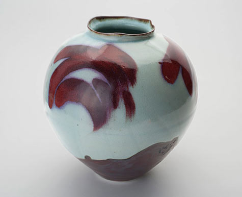 Margaret Frith ceramic vessel