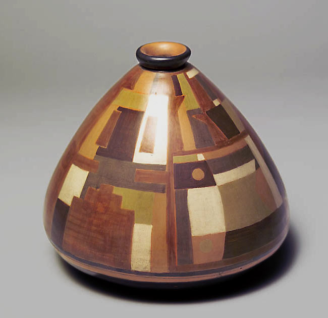 Josep Collell-pieza-constuctiva.-tapered ceramic vessel