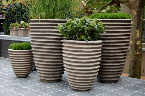 Horizontally ribbed Terracotta pots - Francesco Del Re