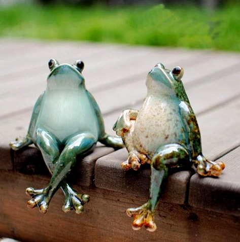 Frog Figurines Damon Gift