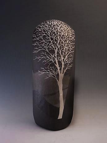 Moriyoshi Saekia etched tree vessel