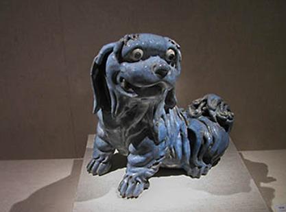 Shiwan dog figurine