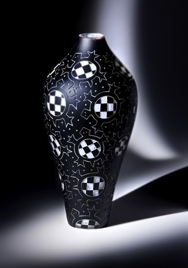 Black and white vase - Checkered Turtles --Jody Naranjo & Preston Singletary American native art