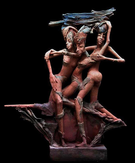 Christien-Dutoit-three-ladies dancing closely sculpture