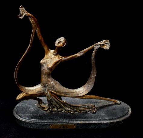 Bronze figurine of Tierra by Priess