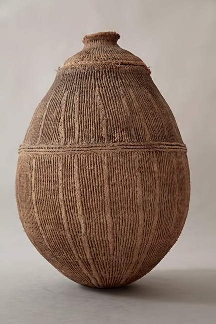 Ethiopian string jar vessel