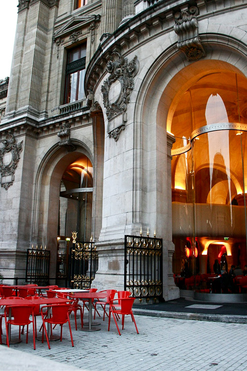 L'opera Restaurant entrance, Paris