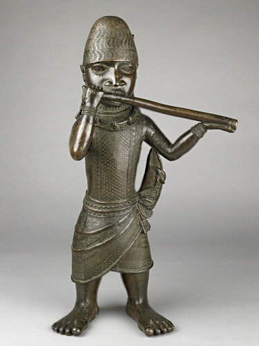 British_Museum_Bronze-figure-of-a-hornblower,-Benin,-AfricaLate16th