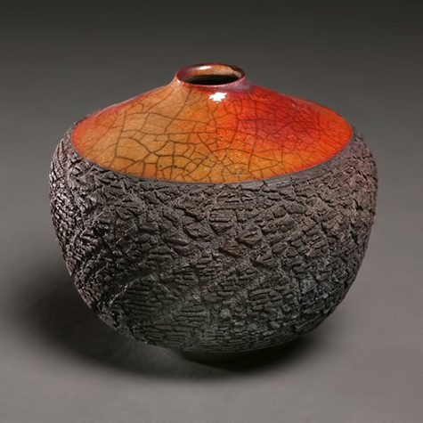 Tim-Scull,-amazing-ceramic-artist-doing-raku-and-sagger-fired-work