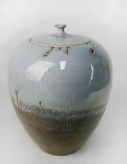 Xiao Wei lidded jar
