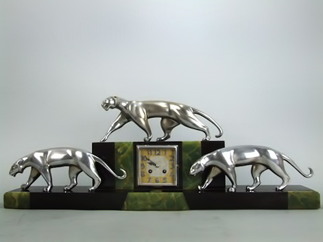 3-Panther-Clock-by-De-Coux