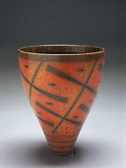 Duncan Ross-Vase, c. 2000; wheel-thrown, terra sigillata, slip, wax