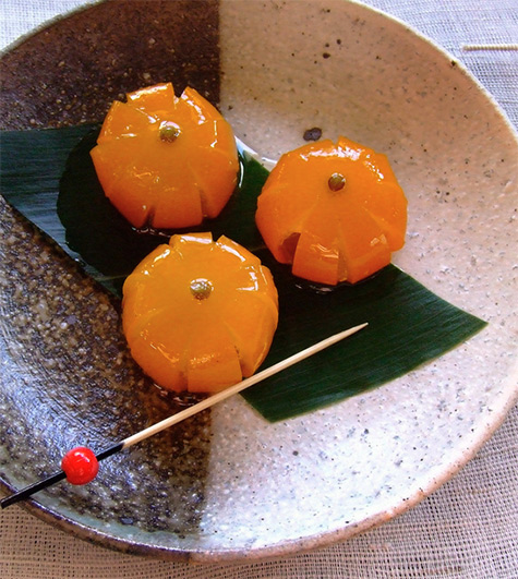 Simmered kumquats in syrup---Flickr - Miki Nagata