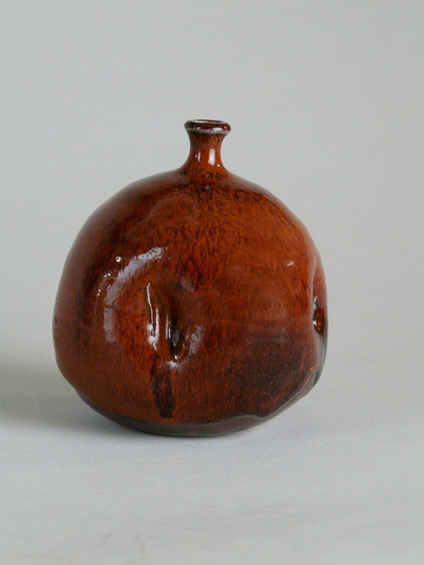 Susan-Peterson Untitled bottle, c. 1979; Gift of John Collins