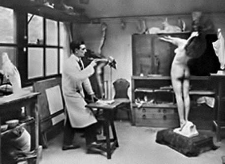photo-MaxLeVerrier in his studio with a posing model