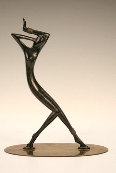 Hagenauer-Deco-Sculpture-of-1930s-Josephine-Baker