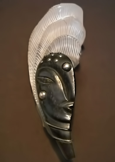 LUCITE-&-EBONY-Carved-Josephine-Baker brooch