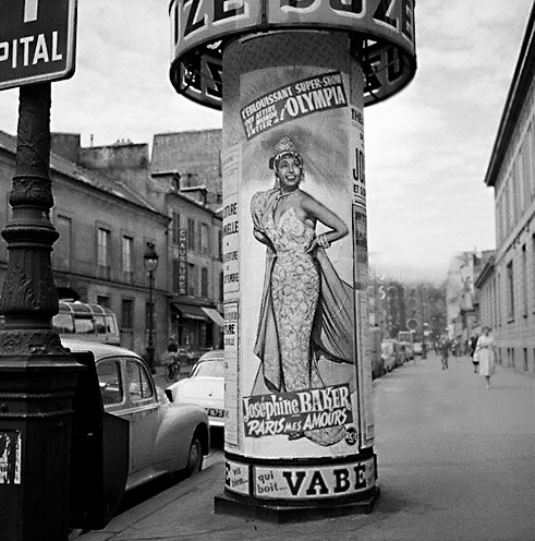 Poster-on-a-billboard,-for-Josephine-Baker's-review---'Paris-mes-amours',-to-the-Olympia.-Paris,-street-of-Sevres,-1959.-RV-167768